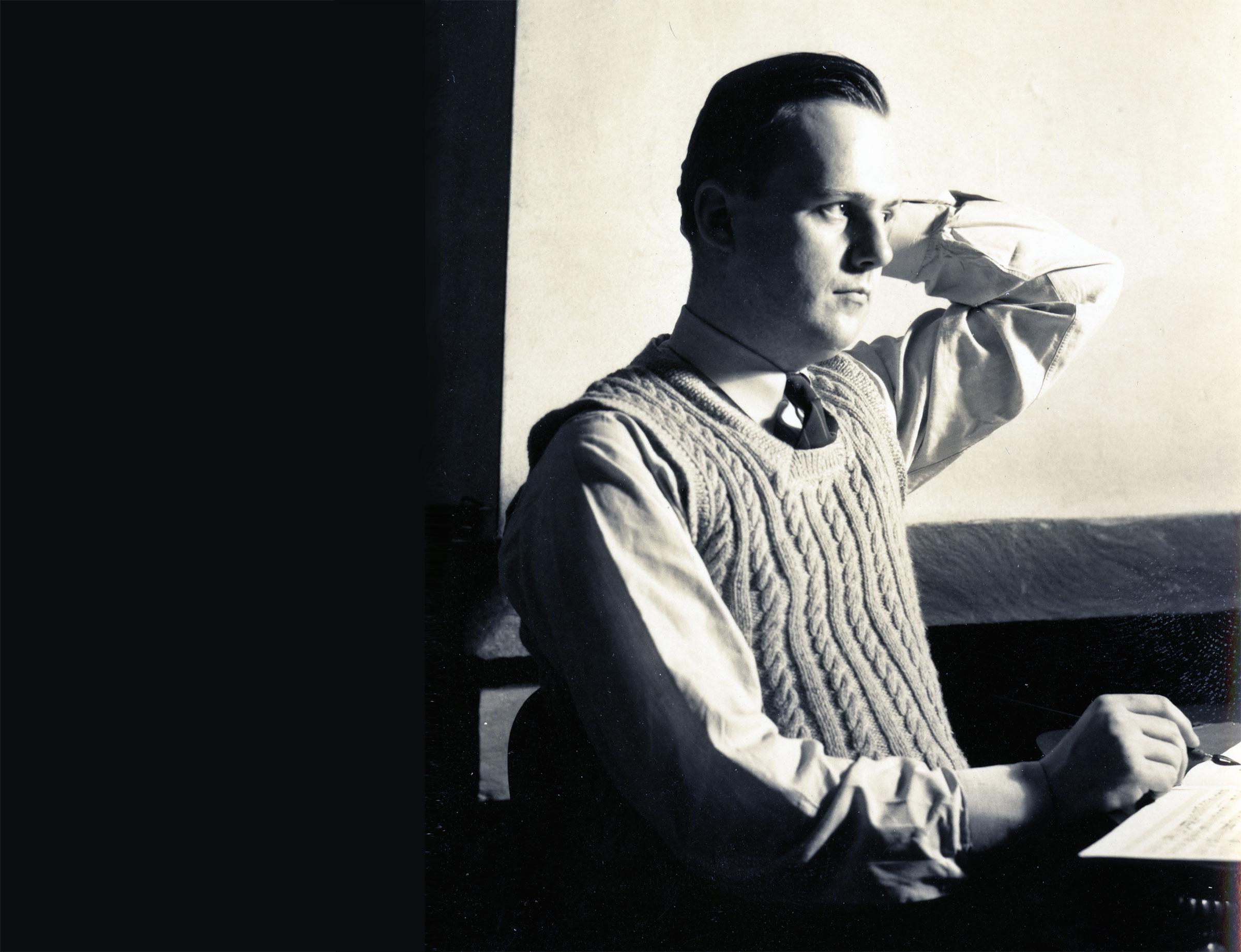 Robert Palmer, 1943